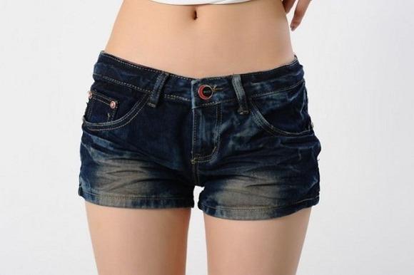 夏の女の子「暑いしショートパンツ履こっとw」 男「エッッッッッッッッッ!」