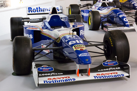 Williams_FW18_front-right_Donington_Grand_Prix_Collection