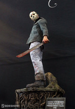 Friday-the-13th-Jason-Voorhees-Sideshow-Statue-1