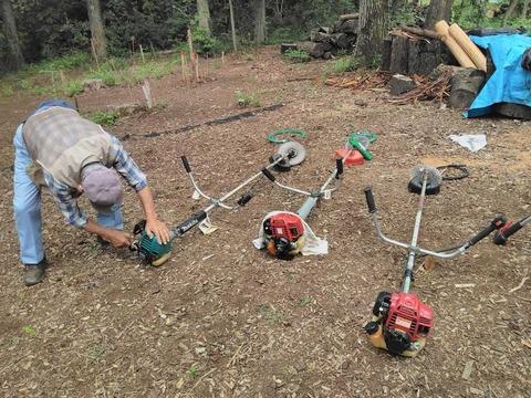 草刈り機のメンテナンス