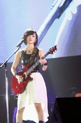 sayaka_guitar02