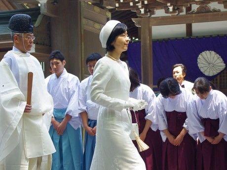 2013年の伊勢神宮の「式年遷宮」の式典では、祭主である池田厚子さん(86・昭和天皇の第四皇女〈今上天皇の姉〉/皇籍離脱前は順宮厚子内親王)の負担を軽減するため、