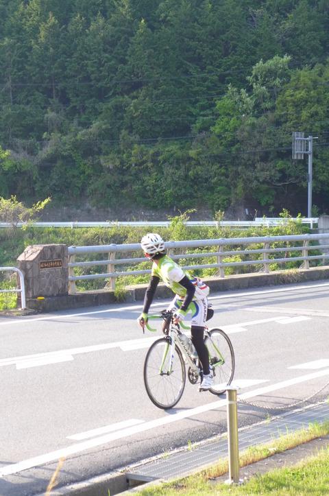 自転車 ライド 356
