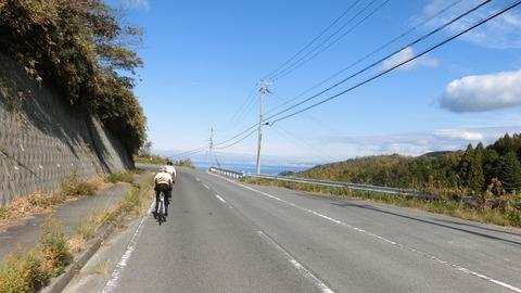 富島への下り2