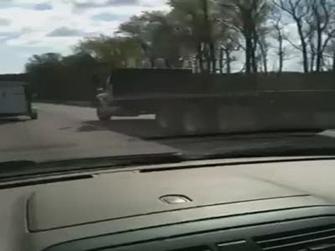 accident_happen_on_the_road1