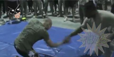 軍人VS格闘家