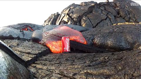 溶岩にコーラ