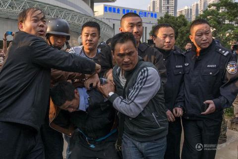 中国人質事件12