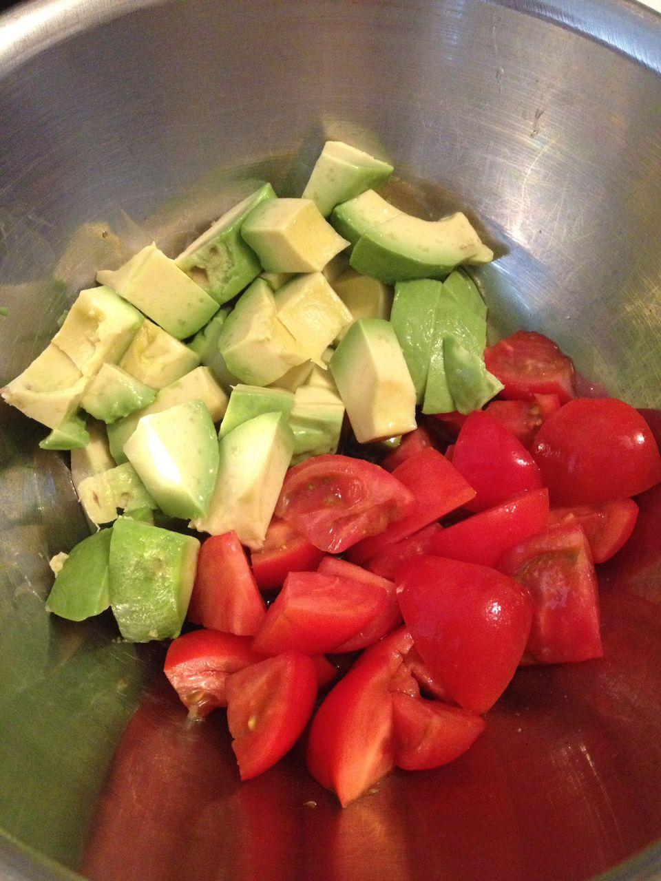 トマト わさび アボカド