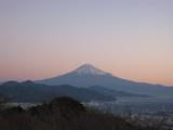 2010 日の出前の富士山
