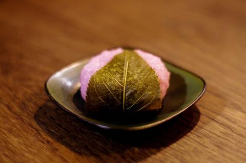 桜餅(オオシマザクラ)