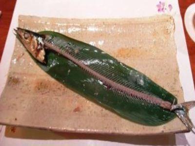 綺麗に魚食べる