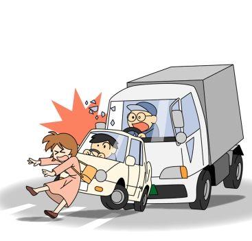 三輪車を盗もうとした泥ママ、慌てて逃げて車にはねられる。