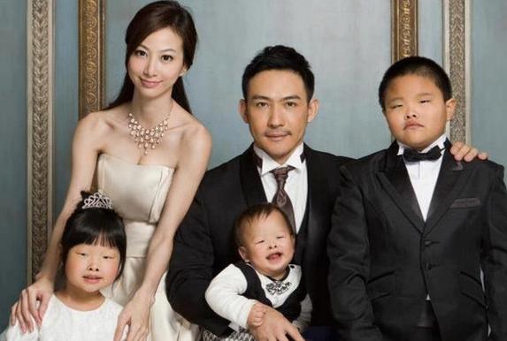 中国のイケメン夫妻