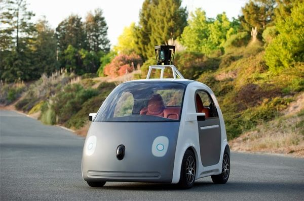 【動画】グーグル、運転席のない自動運転車を開発