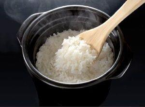 断言してやる。米は太るぞ