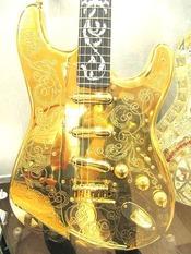 金ギター1