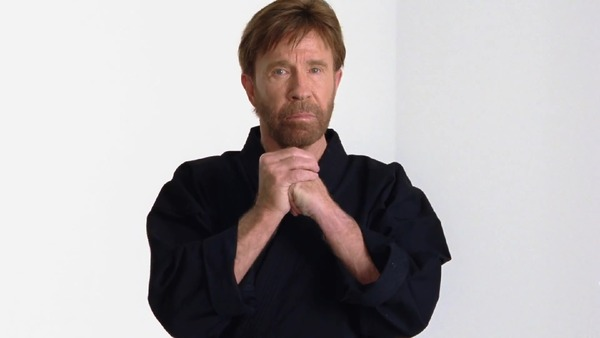 World-of-Warcraft-Chuck-Norris-Hunter-TV-Commercial_3