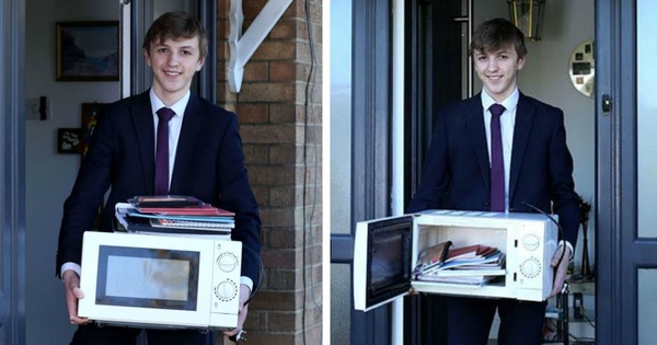 School-Bans-Bags-So-Student-Carries-Books-In-A-Microwave