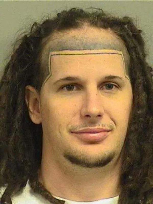 bad-funny-face-tattoos-17
