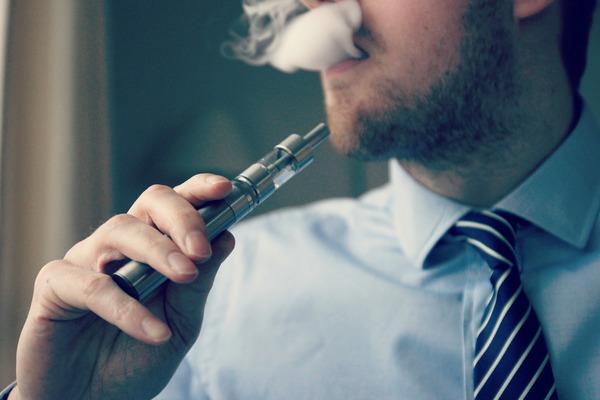 E-Cigarette-Electronic_Cigarette-