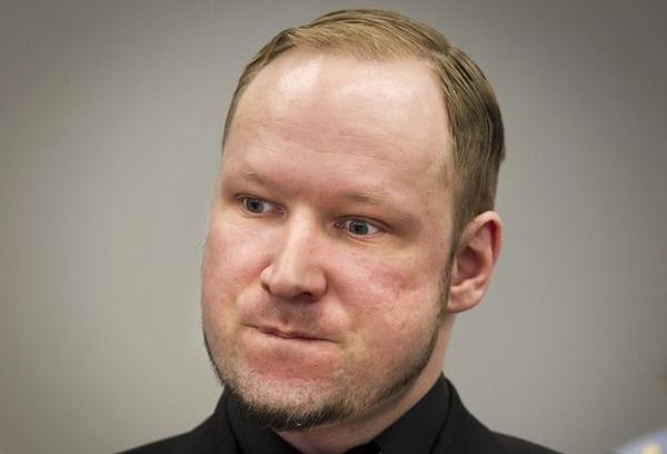 inside-breiviks-cell-in-norwegian-prison-1