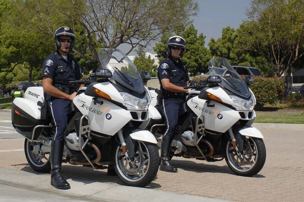 police-motorcycles-8235_800