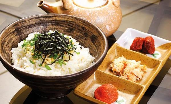 Tomo-ikizaya-Ochazuke(salmone,spicy-cod-roe,Sour-Plum)