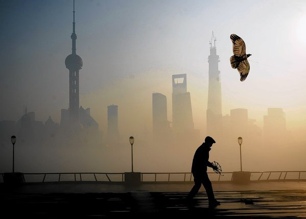 la-afp-getty-heavy-smog-hits-east-china-jpg-20131223