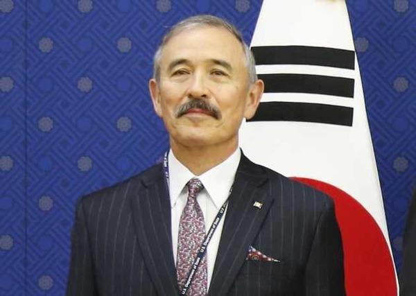 海外「ハリス大使を侮辱する韓国は人種差別国家だ!」 海外の反応。