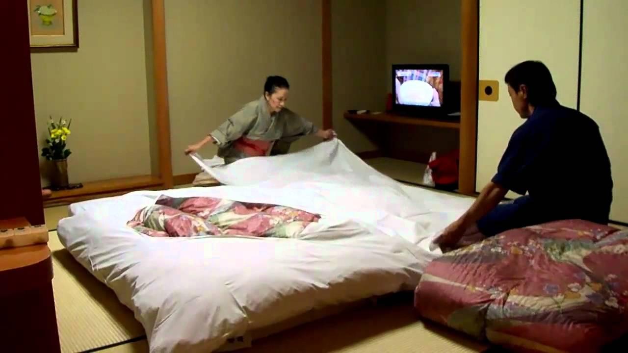 海外反応! I Love Japan 旅館の布団を敷いてくれるサービスを見た外国人の反応!