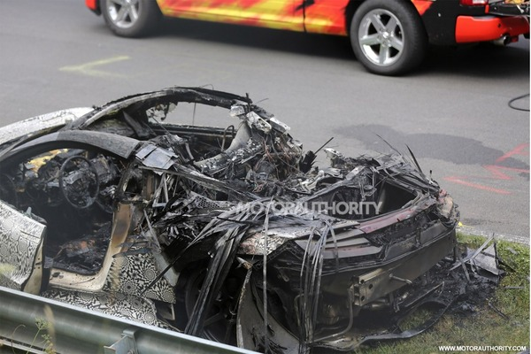 wreckage-of-a-2016-acura-nsx-prototype-that-