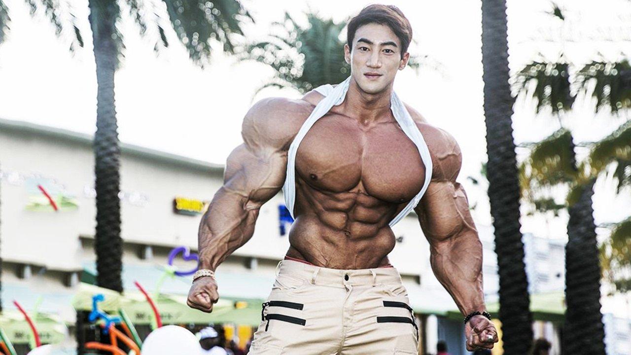 ステロイドの筋肉増強効果とは?副作用に ...