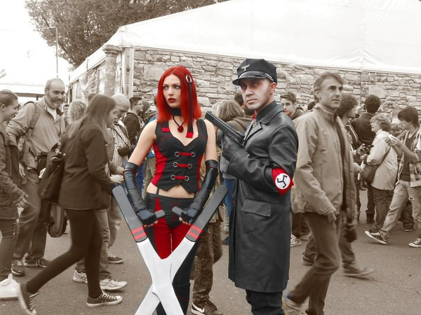 bloodrayne_and_nazi_zombie_by_killergio-d76z22e