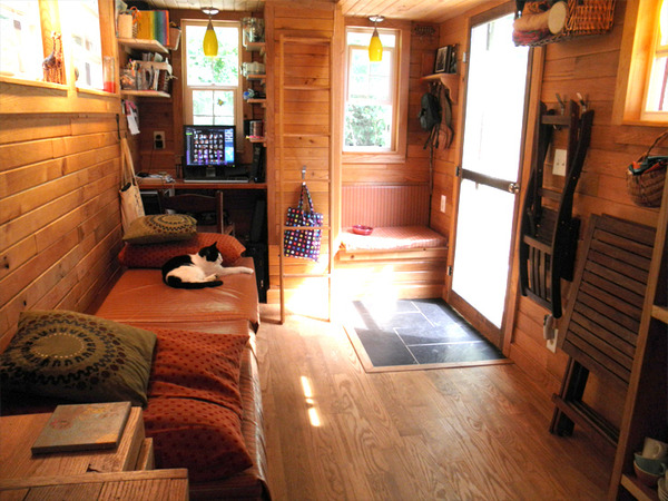 tiny-house-amily-3