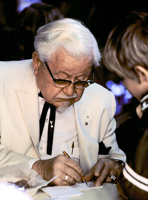 Colonel_Harland_Sanders_in_character