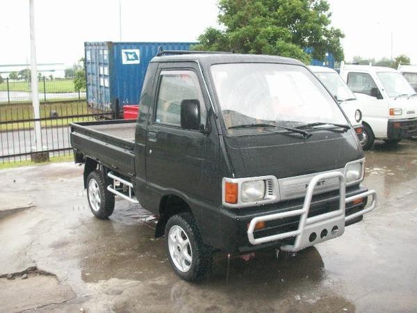 Japanese_4x4_Mini_truck