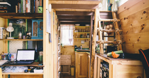 tiny-house-og-image-1-ladder