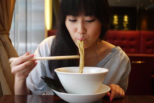 Japanese-Ramen-Slurping