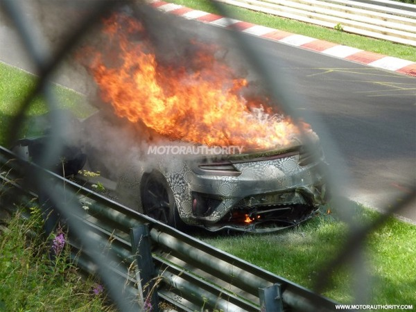 2016-acura-nsx-prototype-burns-at-the-nrburgring_100473946_m