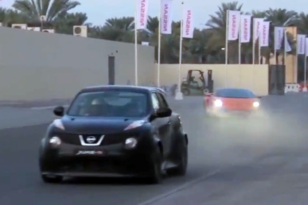 nissan-juke-r-street-race-in-dubai-video-0