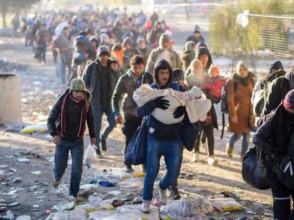1032807-refugees-1453526505-654-640x480