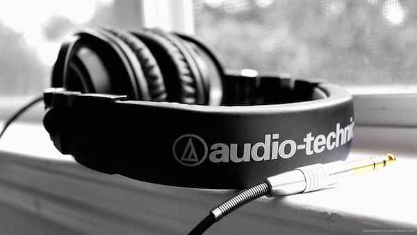 audio-technica-ath-m50-with-jack