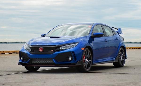 2017-Honda-Civic-Type-R-103-626x383