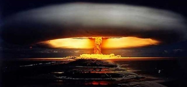 US-planned-nuclear-war-on-Russia-China-640x300